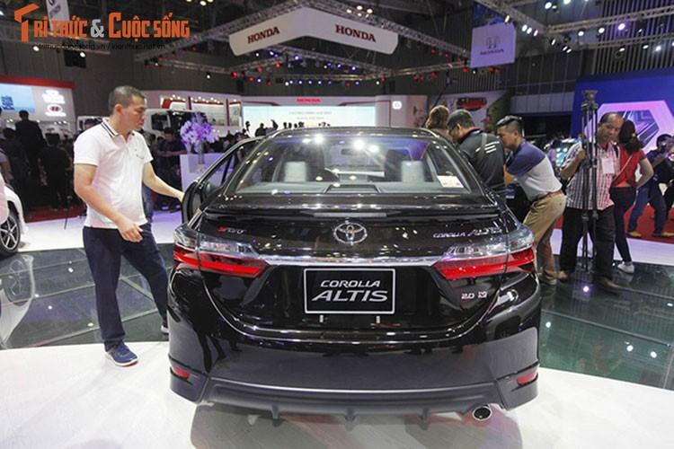 "Soi dan xe Toyota ""moi cung"" tai trien lam oto VMS 2017-Hinh-13"