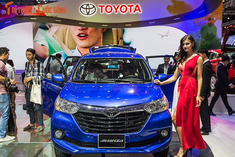 "Soi dan xe Toyota ""moi cung"" tai trien lam oto VMS 2017-Hinh-6"