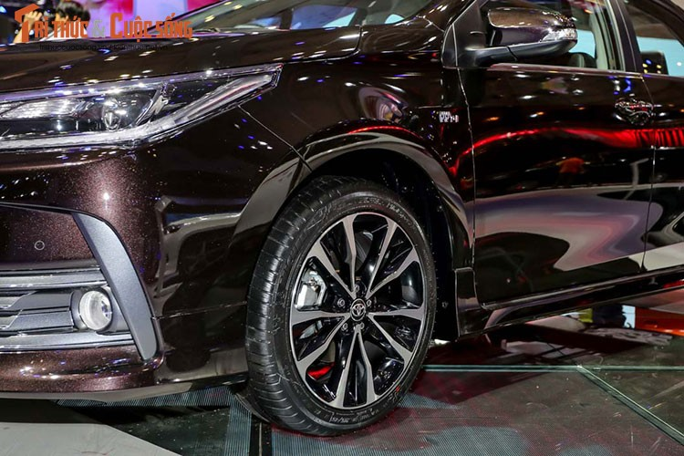 "Toyota Corolla Altis 2017 ""chot gia"" tu 702 trieu tai VN-Hinh-6"