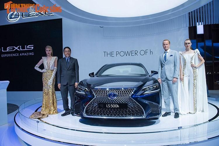 """Soi"" xe sang hybrid tien ty Lexus LS500h tai Viet Nam"