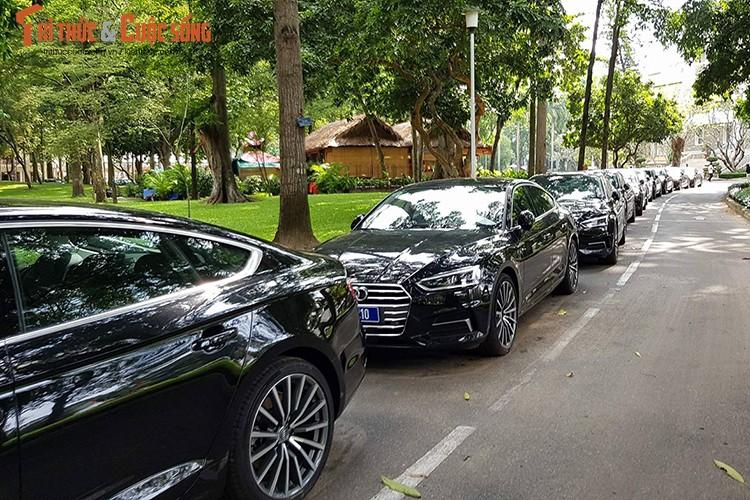 Can canh 150 xe sang Audi Apec 2017 tai Sai Gon-Hinh-3