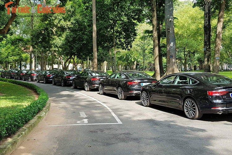 Can canh 150 xe sang Audi Apec 2017 tai Sai Gon-Hinh-9