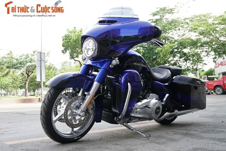 Harley-Davidson CVO Street Glide gia 1,7 ty tai Viet Nam