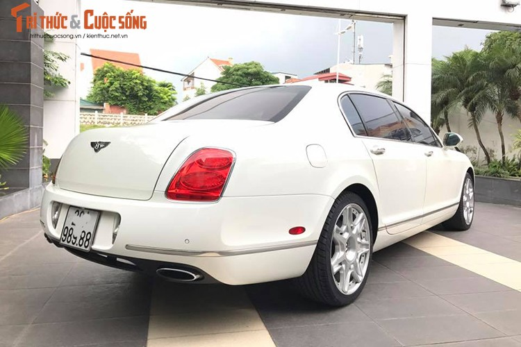 Can canh sieu xe sang Bentley gia chi 4 ty tai Ha Noi-Hinh-3