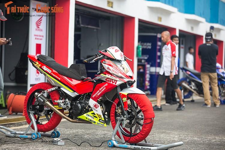 """""""Soi"""" xe may Honda Winner Viet Nam do dua sieu khung"""