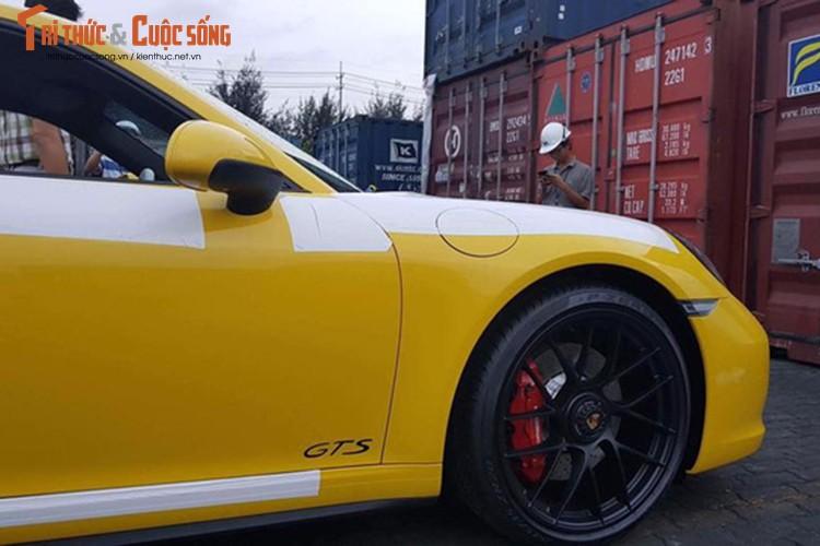 Sieu xe Porsche 911 GTS 2017 gia hon 8 ty ve Viet Nam-Hinh-4