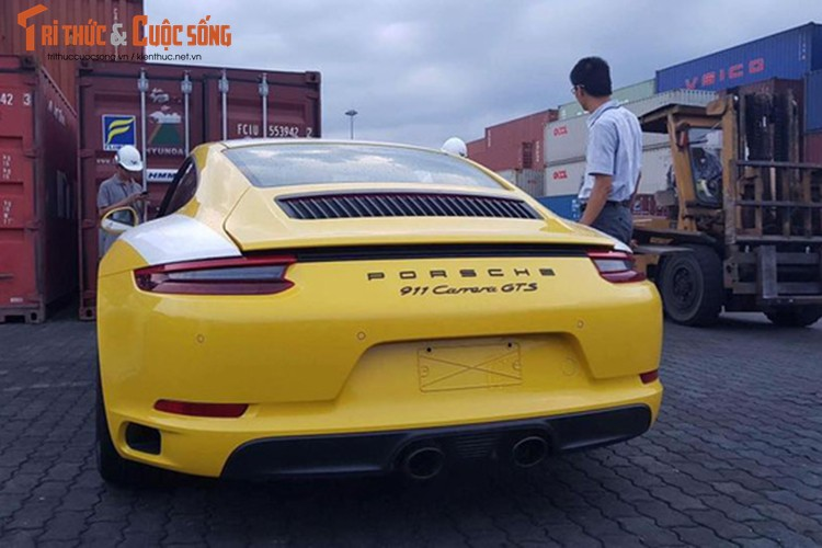 Sieu xe Porsche 911 GTS 2017 gia hon 8 ty ve Viet Nam-Hinh-7