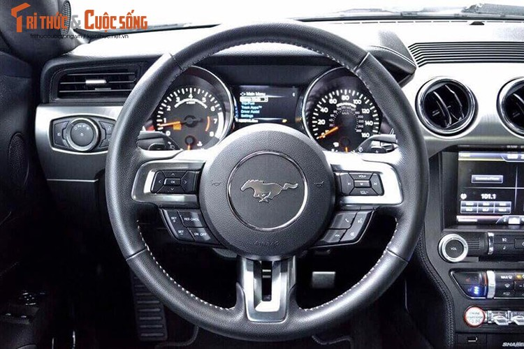 Can canh Ford Mustang GT gia hon 3 ty tai Viet Nam-Hinh-7