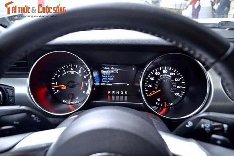 Can canh Ford Mustang GT gia hon 3 ty tai Viet Nam-Hinh-8