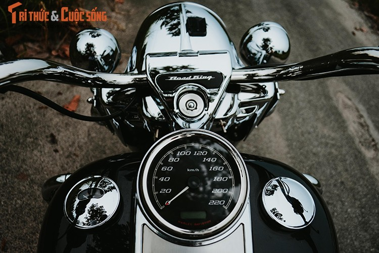 Cam lai Harley-Davidson Road King 2017 gia 1,1 ty dong-Hinh-6