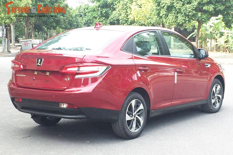 "Xe oto Luxgen S3 gia 598 trieu ""doi dau"" Mazda3 tai VN-Hinh-12"