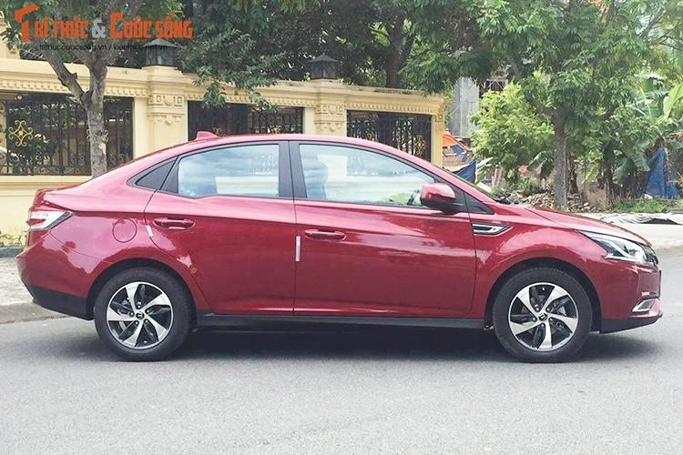 "Xe oto Luxgen S3 gia 598 trieu ""doi dau"" Mazda3 tai VN-Hinh-2"