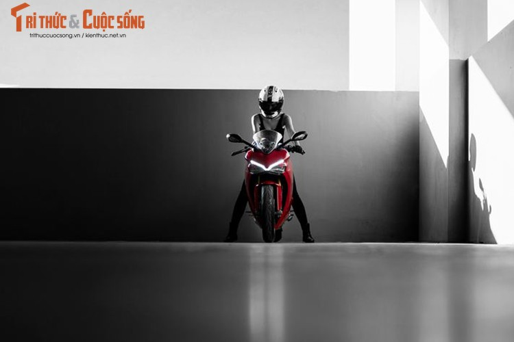Chan dai cam lai Ducati SuperSport dau tien tai Viet Nam-Hinh-12