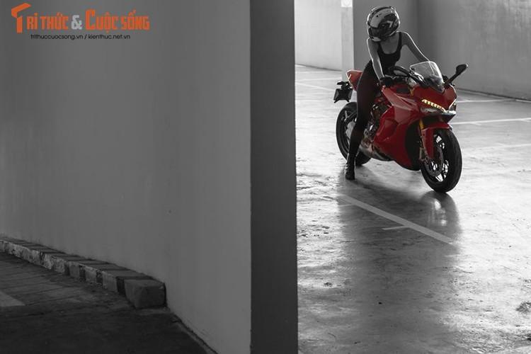 Chan dai cam lai Ducati SuperSport dau tien tai Viet Nam-Hinh-16