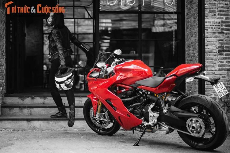 Chan dai cam lai Ducati SuperSport dau tien tai Viet Nam-Hinh-3