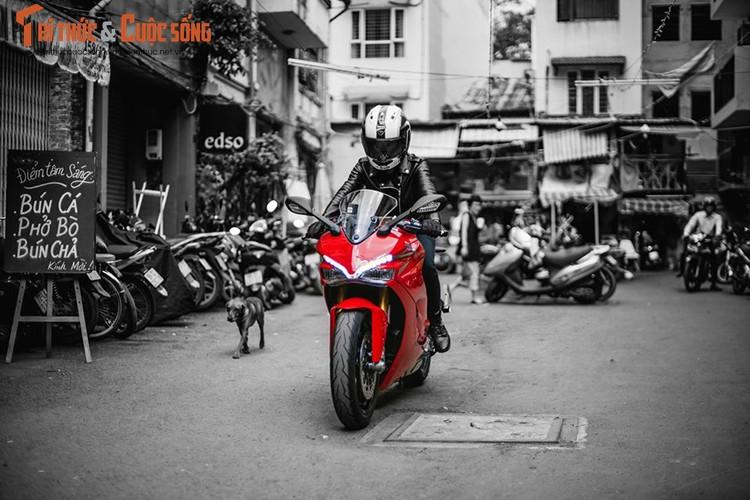 Chan dai cam lai Ducati SuperSport dau tien tai Viet Nam-Hinh-5