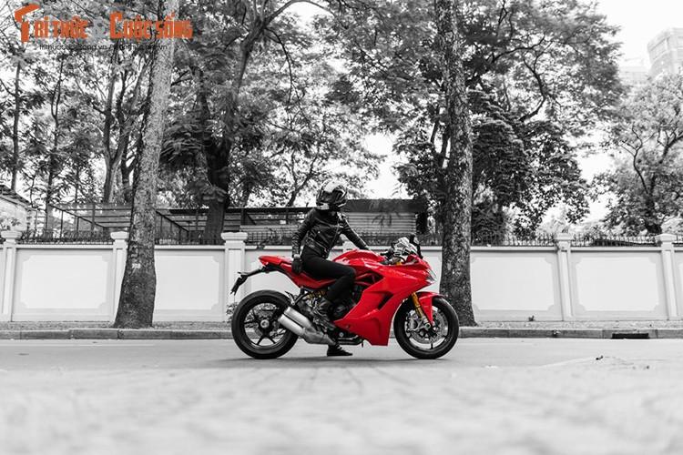 Chan dai cam lai Ducati SuperSport dau tien tai Viet Nam-Hinh-6
