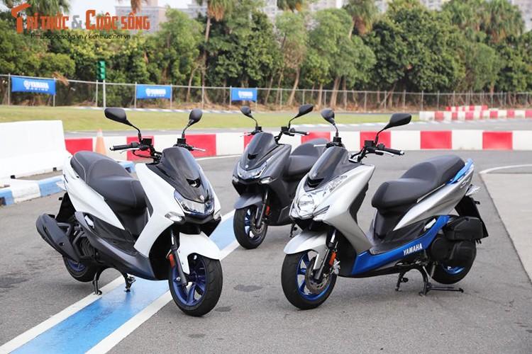 """Yamaha ra mat SMax 155 ABS gia 80 trieu """"dau"""" Honda PCX-Hinh-13"""