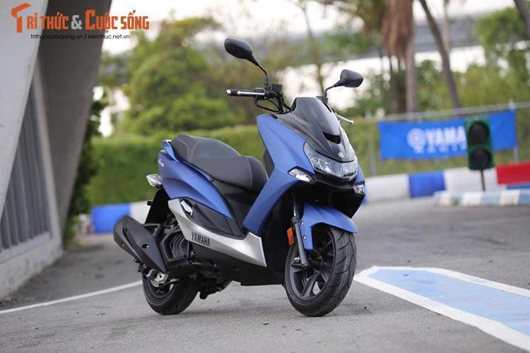 """Yamaha ra mat SMax 155 ABS gia 80 trieu """"dau"""" Honda PCX-Hinh-2"""