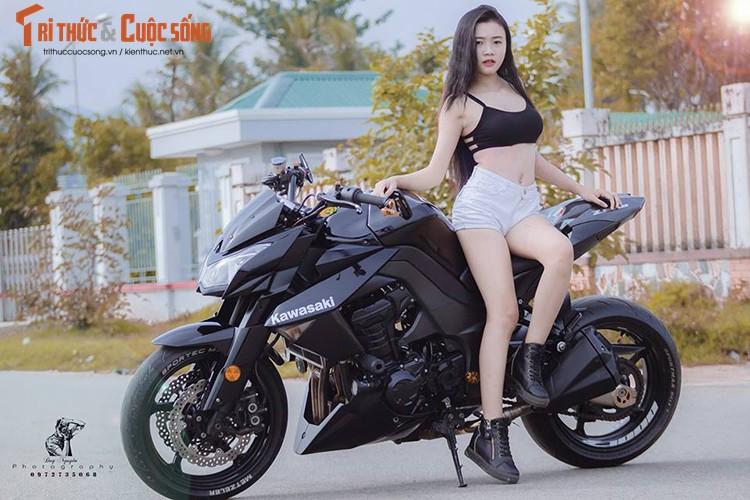 """Gai xinh Sai Gon khoe dang """"nuot"""" ben moto Kawasaki Z1000-Hinh-9"""