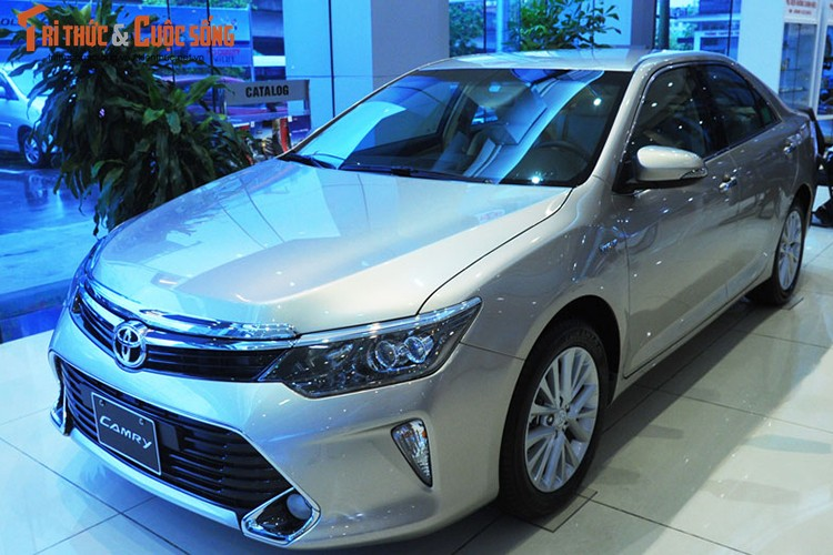 Can canh Toyota Camry moi gia chi 947 trieu tai Ha Noi-Hinh-12