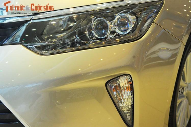 Can canh Toyota Camry moi gia chi 947 trieu tai Ha Noi-Hinh-2
