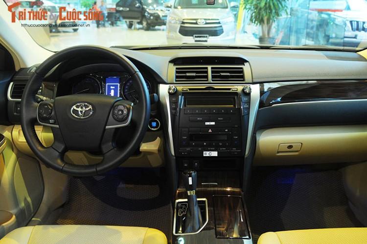 Can canh Toyota Camry moi gia chi 947 trieu tai Ha Noi-Hinh-5