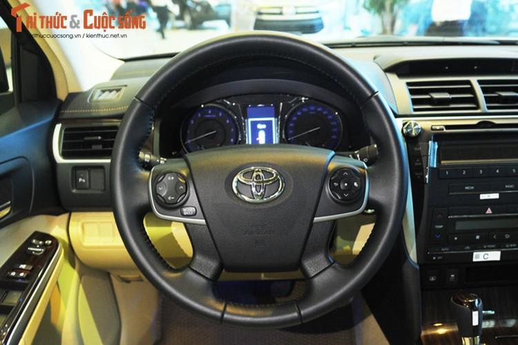 Can canh Toyota Camry moi gia chi 947 trieu tai Ha Noi-Hinh-6