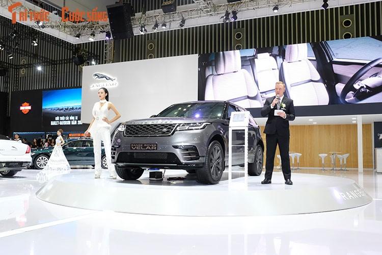"""Range Rover Velar """"chot gia"""" tu 4,895 ty tai Viet Nam"""