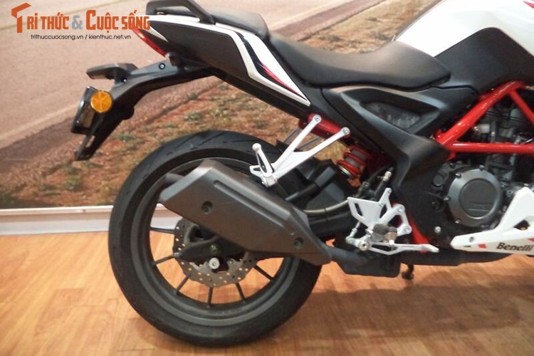 Can canh moto Benelli BN 251 gia chi 63,7 trieu tai VN-Hinh-8