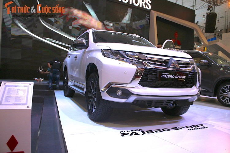 Mitsubishi Pajero Sport moi co gia tu 1,4 ty tai VN?