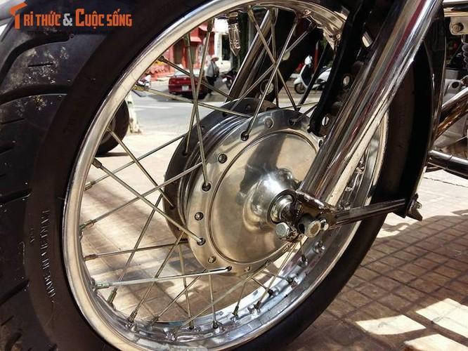 Moto Kawasaki hon 40 tuoi gia hon 100 trieu dong tai VN-Hinh-3