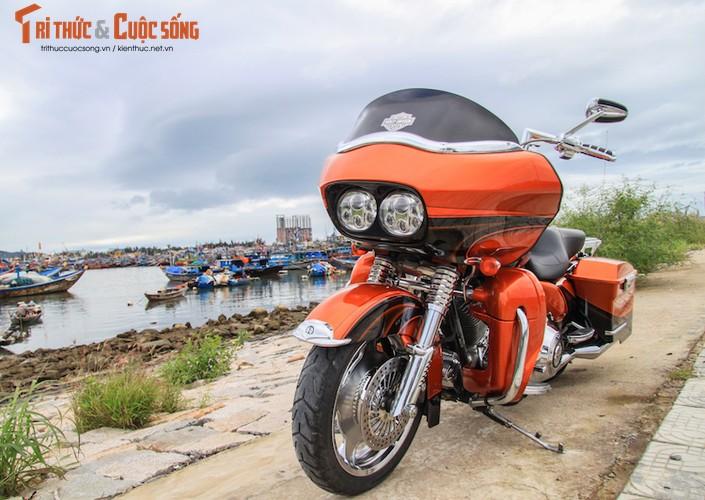 """Harley-Davidson Road Glide """"giat"""" CVO tien ty tai Da Nang"""