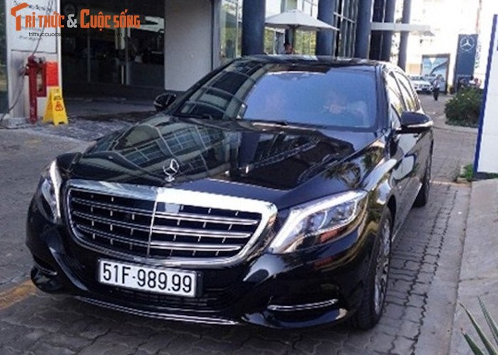 "Loat xe Mercedes-Maybach S600 tien ty ""bien khung"" tai VN-Hinh-6"