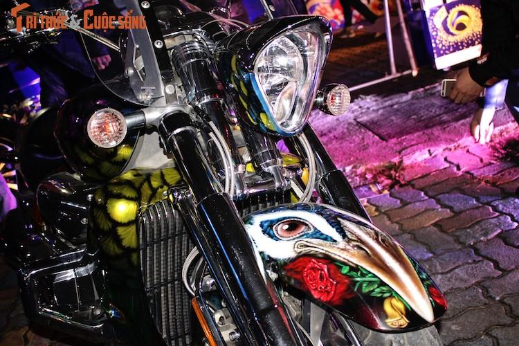 Sieu moto Honda Valkyrie Rune do