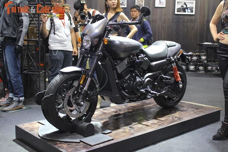 "Harley-Davidson Street Rod ""chot gia"" hon 400 trieu tai VN"
