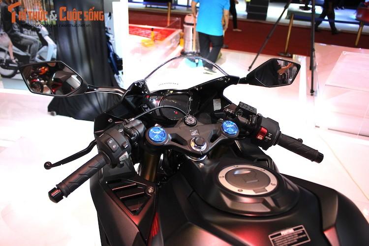 "Chi tiet ""hang nong"" Honda CBR250RR dau tien tai Viet Nam-Hinh-5"