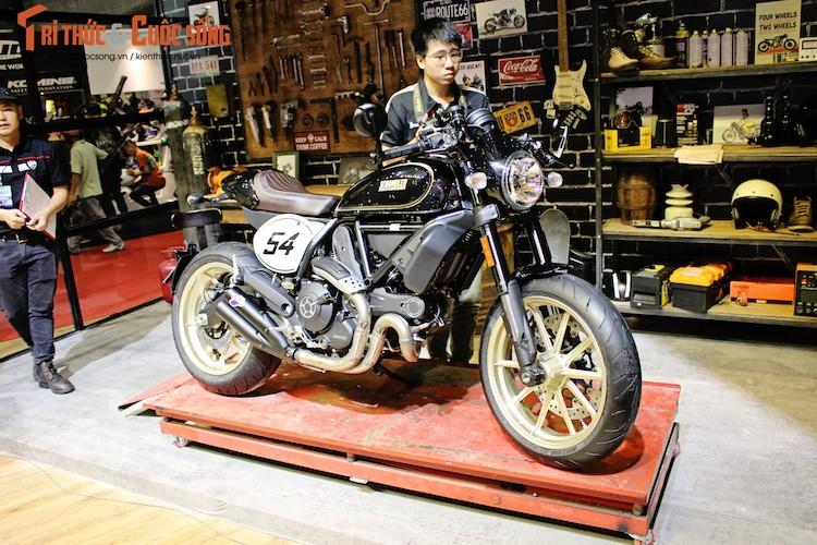 """""""Ca phe Y"""" Ducati Scrambler Cafe Racer gia 431 trieu dong"""