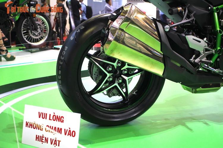 """Moto """"khung"""" Kawasaki Ninja H2 Carbon tien ty tai VN-Hinh-9"""