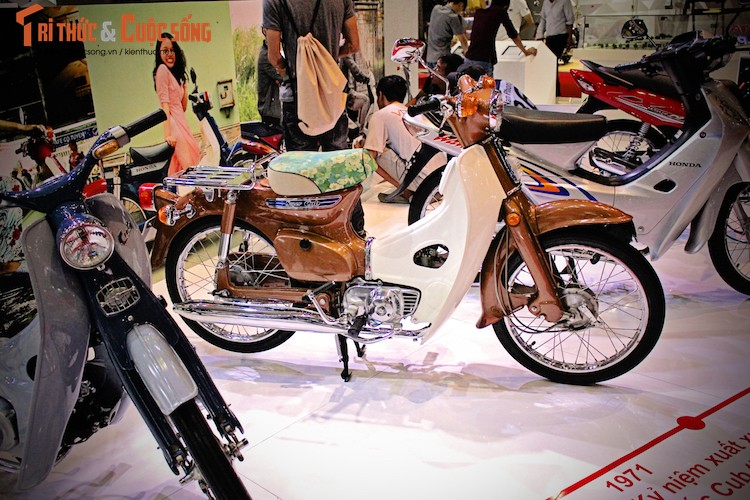 "Honda Super Cub ""dau venh may canh"" moi cung tai VN-Hinh-2"