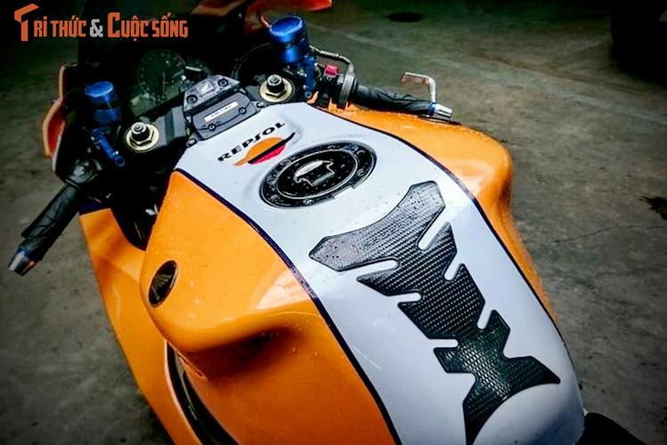 Dan choi Binh Duong do sieu moto Honda CBR1000RR-Hinh-3