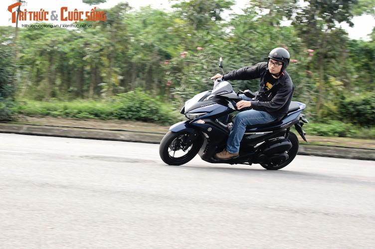 Yamaha NVX 125 gia 41 trieu tai Viet Nam co dang tien?-Hinh-18