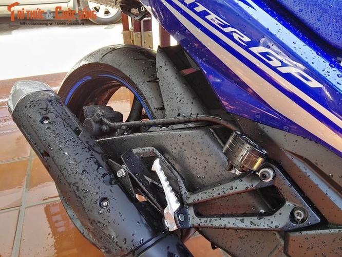"""Dan choi Hue """"dap thung"""" Yamaha Exciter 150 thay chan khung-Hinh-6"""