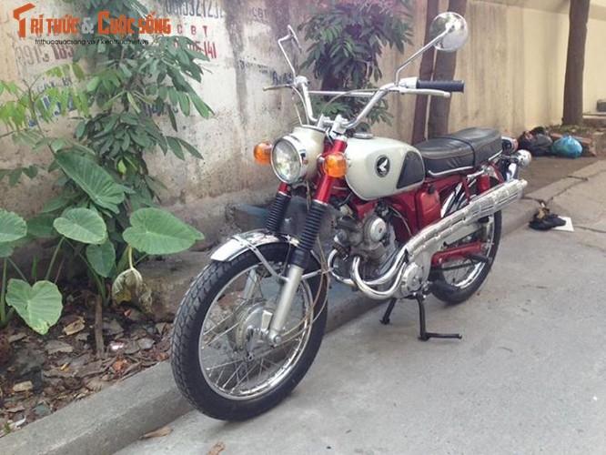 """Thuoc doc"" Honda CL125 doi 1968 con zin tai Ha Noi"