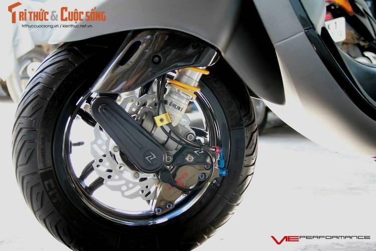 "Dan choi Sai Gon do ""khung"" xe ga Piaggio Vespa Sprint-Hinh-4"