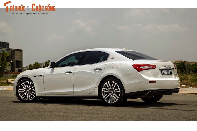 "Soi ""xe sang"" Maserati Ghibli S gia 5,2 ty dong tai VN-Hinh-3"