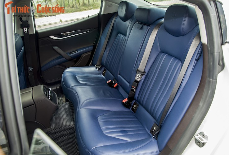 "Soi ""xe sang"" Maserati Ghibli S gia 5,2 ty dong tai VN-Hinh-6"