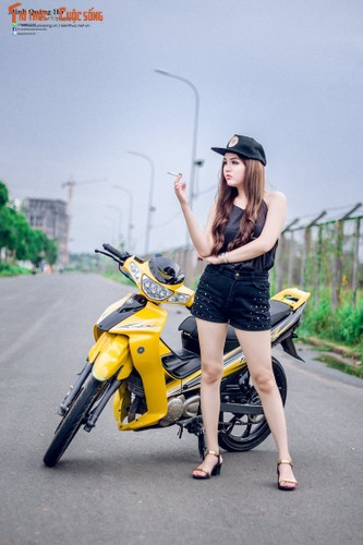 "Chan dai Viet ben ""xe no"" Yamaha 125ZR hon 200 trieu-Hinh-6"