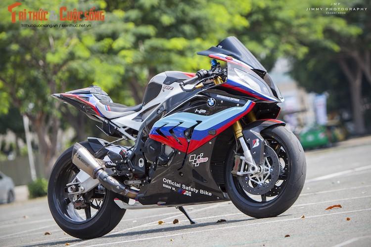 Dan choi Viet chi tien ty do sieu moto BMW S1000RR-Hinh-11