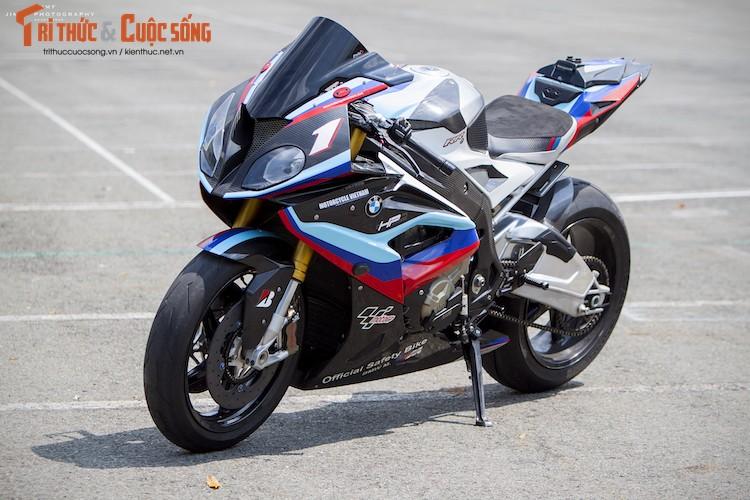 Dan choi Viet chi tien ty do sieu moto BMW S1000RR
